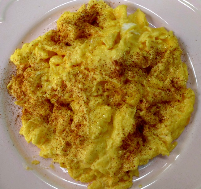 Cinnamon Scrambled Eggs Recipe